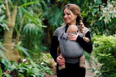 NEU Babytrage Wrap & Go -  Kohlengrau